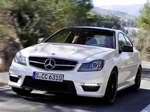 Fotos de Mercedes Clase C AMG C63 Coupe 2011