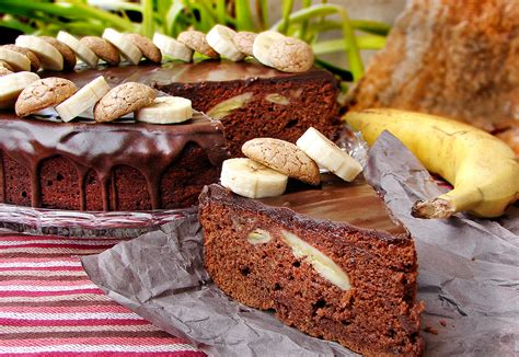 recette cuisine etudiant gâteau de banane avec des macarons et chocolat recette