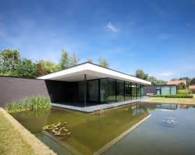 contemporary modern house ultra modern minimal glass house modern design by moderndesign org