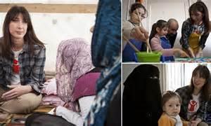 Samantha Cameron's emotional visit to Syrian refugee camp ...