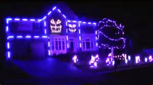 ultimate halloween light show house lip syncs to macklemore s downtown today com
