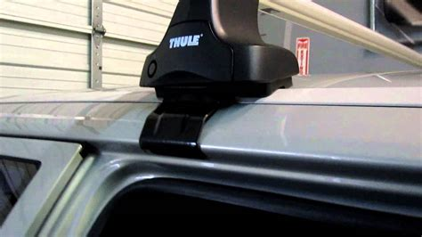 volvo  estate  thule rapid traverse base roof rack