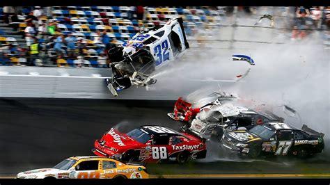 Race Car Wreck by Best Motorsport Crash And Fails Best Racing Car