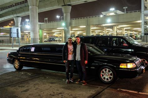 Limousine Cost by Rent A Limousine And Arrive In New York In Style