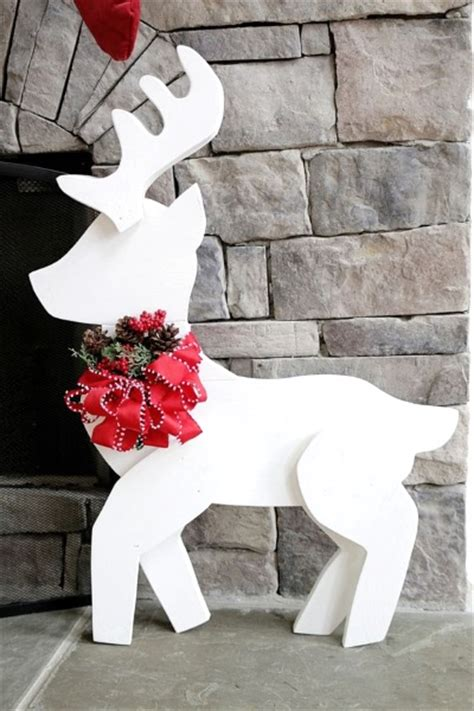 christmas reindeer decorations   pink lover