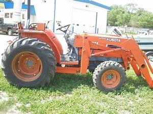 Kubota L4200 Diesil Tractor  4x4  8spd  Glide Shift Trans