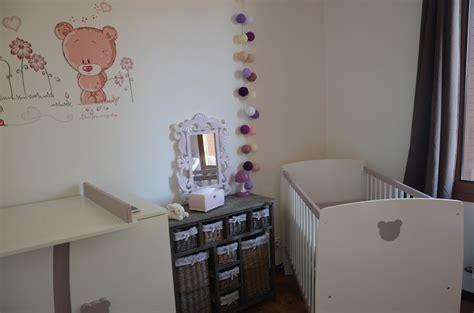 aménager chambre bébé dans chambre parents décoration de chambre pour bébé fille dans ma tribu