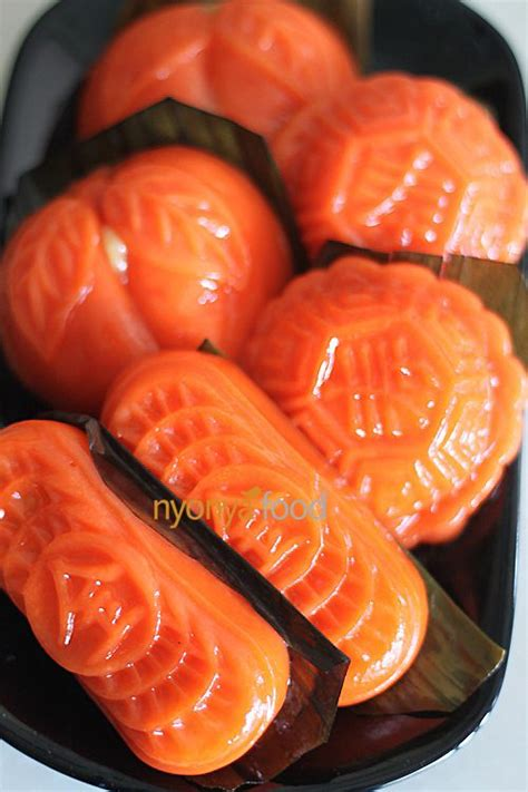 angku kuih red tortoise cake easy delicious recipes