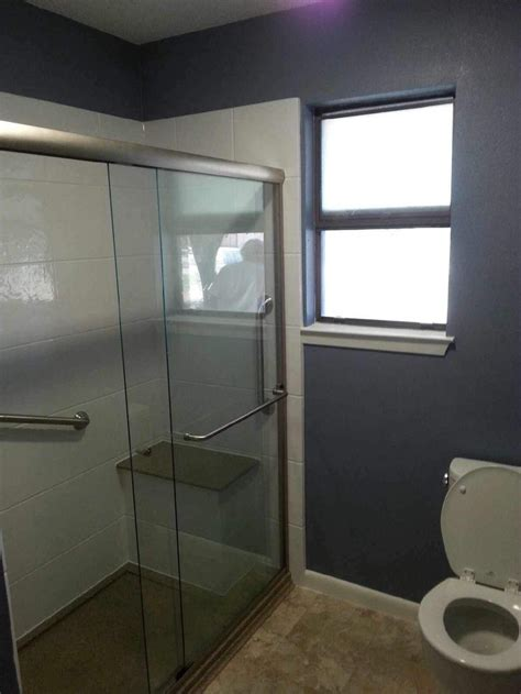Bathroom Shower Enclosures With Seat by 28 Best Images About Walk In Shower With Bench Seat On