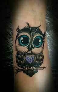 Tatouage Chouette Signification : baby owl tattoo owls pinterest tatouages id es de ~ Melissatoandfro.com Idées de Décoration