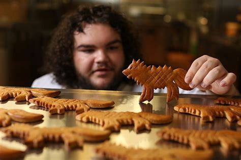 hot pie  game  thrones opens bakery called