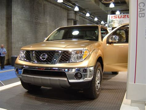 gold nissan car gold nissan frontier new york auto show 2004 car