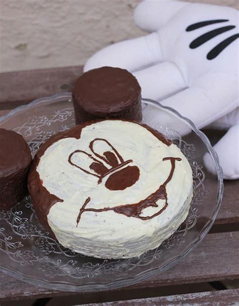 disney kuchen selber machen mickey mouse cake eatbakelove