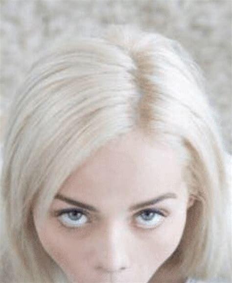 Elsa Jean Inhotpic