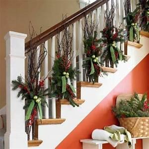 Weihnachtliche Deko Ideen : 1001 dekoideen weihnachten das treppenhaus weihnachtlich dekorieren deko pinterest ~ Markanthonyermac.com Haus und Dekorationen