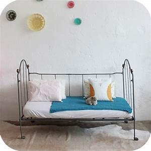 Lit Enfant Fer Forgé : mobilier vintage lit b b m tal fer forg vintage atelier du petit parc ~ Teatrodelosmanantiales.com Idées de Décoration