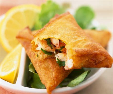 cuisine legere et dietetique recette de cyril lignac samoussas aux crevettes