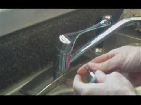 Repair Leaking Kitchen Faucet by How To Repair A Leaking Kitchen Faucet