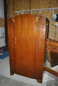 Armoire Art Deco : 17 best images about all english armoires on pinterest queen anne renaissance and mirrored ~ Melissatoandfro.com Idées de Décoration