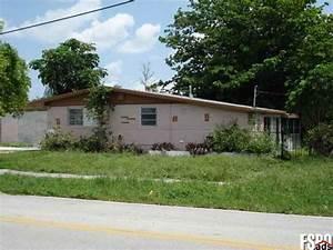 Dog house miami gardens 28 images house miami gardens for Dog house miami