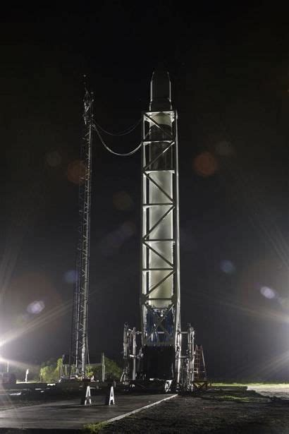 spacex sets launch debut  falcon  rocket space