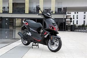 Peugeot Ludix Fiche Technique : essai peugeot speedfight 125 l 39 avis de caradisiac moto fiche technique ~ Medecine-chirurgie-esthetiques.com Avis de Voitures