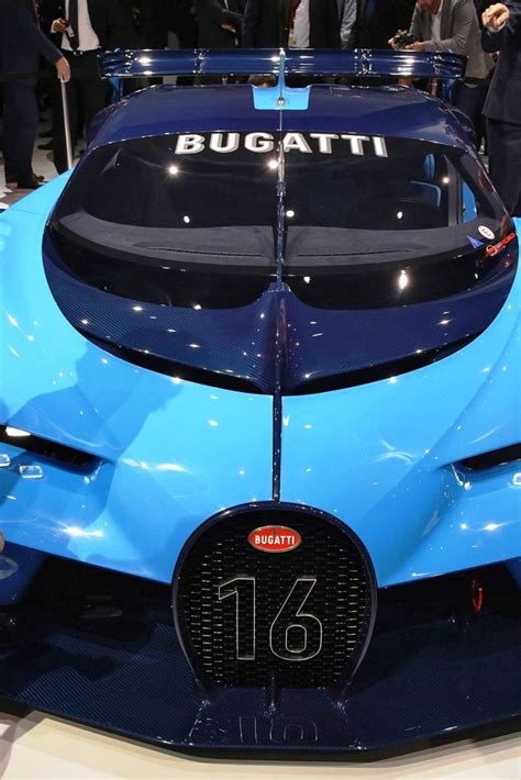 Bugatti Changes Color by 300mph 2018 Bugatti Spyshots Renderings And Design