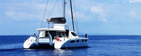 Jet Boat Vs Inboard by Inboard Engine Vs Outboard Automotivegarage Org