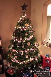 The, Creative, Cubby, Tied, Ribbon, Christmas, Tree, Garland