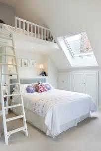 Girls Bedroom Vanity