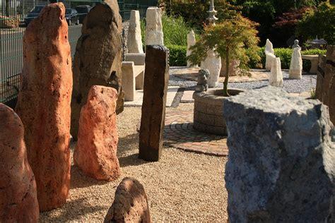 Garten Kaufen Wuppertal by Felsen Findlinge Und Monolithen Natursteine G 252 Nstig