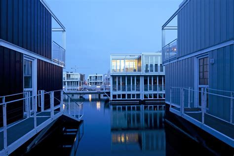 Floating Homes That Will Make You Want to Live on Water