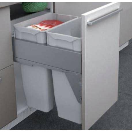 poubelle meuble cuisine les 25 meilleures id 233 es de la cat 233 gorie poubelle sous