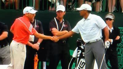 Tiger Woods, Sergio Garcia Shake Hands at U.S. Open ...