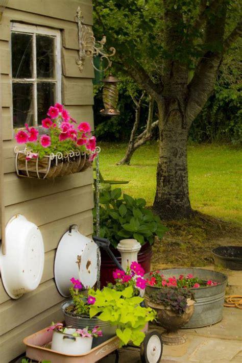 le cabanon de jardin en   choisir son style prefere