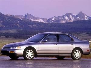 Honda Accord Sedan Us Specs  U0026 Photos - 1997  1998  1999  2000  2001  2002