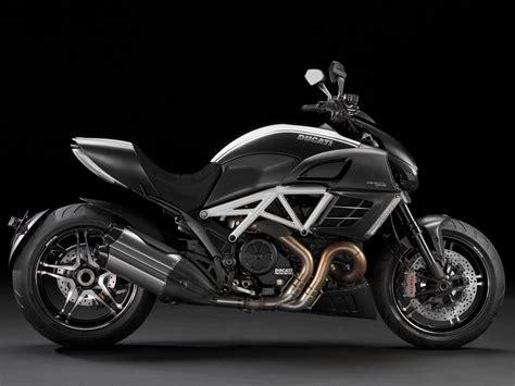 Gambar Motor Ducati Diavel by 2012 Ducati Diavel Amg Special Edition Gambar Motor