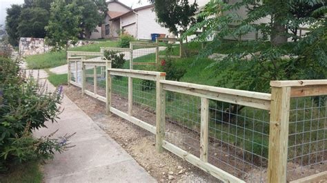 installing wire hog panel fence fence  gate ideas