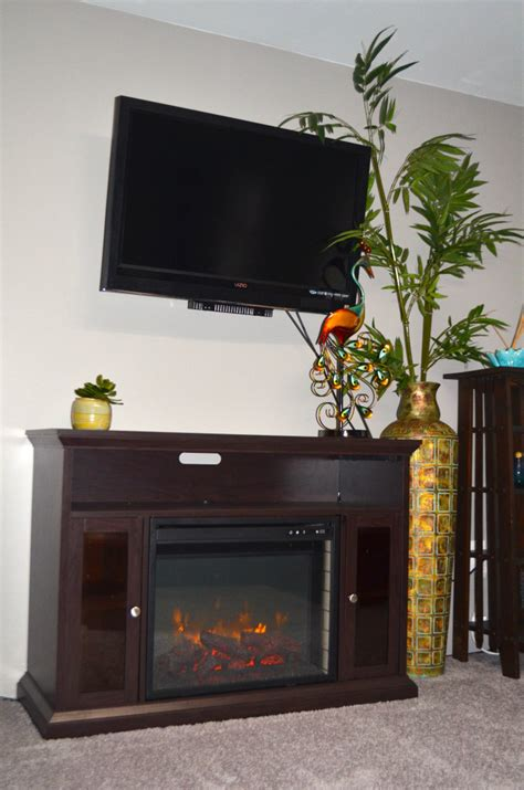 Boat House Ithaca by Lower Fireplace And Tv Jpg Gallery Ithaca Boat House