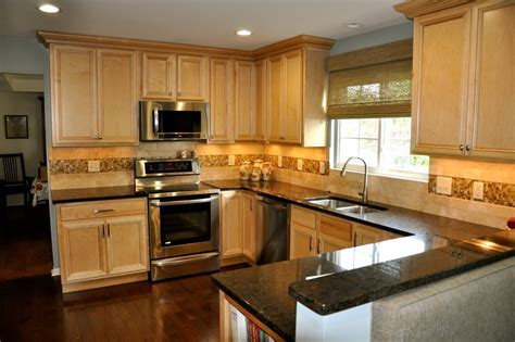Natural Maple Kitchen Transitional with Two tone Cabinets