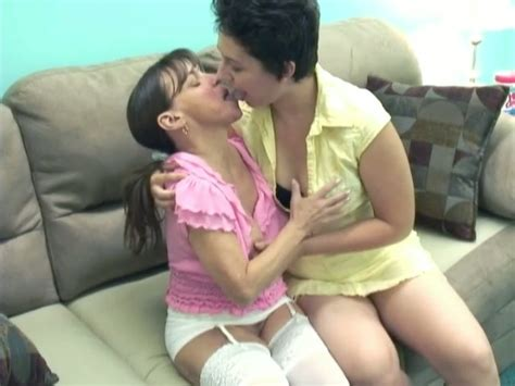 Cute Short Haired Whore And Ugly Milf Having Lesbian Sex