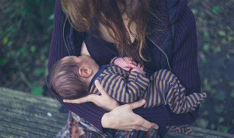 National Weaning Week 7 Tips For Moving Your Baby Onto