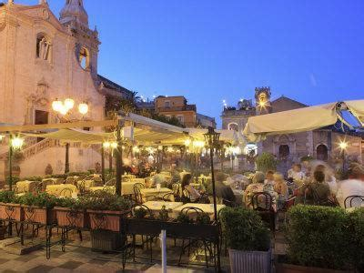 people   restaurant taormina sicily italy europe