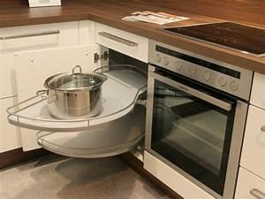 Moderne kuche auf kleinem raum haus ideen for Moderne küche auf kleinem raum
