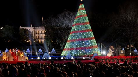 obamas sing at national tree lighting