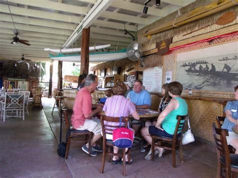 Paddlers Inn Molokai Restaurant Maui Sights And Treasures