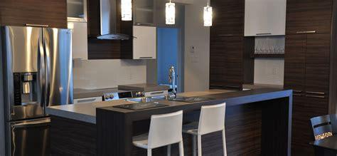 image de cuisine contemporaine cuisine contemporaine avec armoires de mélamine et