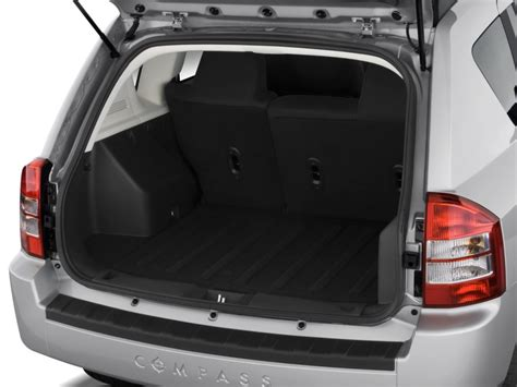 jeep compass trunk image 2009 jeep compass fwd 4 door sport trunk size