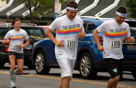 what to wear to color run traveller the color run seattle