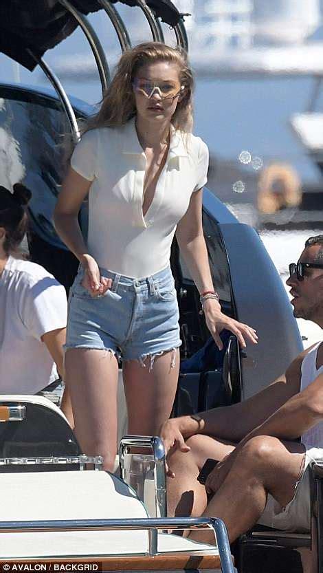 Gigi Hadid Shows Off Her Figure In A Hot Pink Bikini In